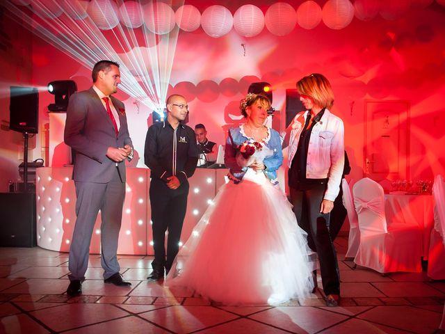 Le mariage de Yohann et Isabelle à Saint-Maximin-la-Sainte-Baume, Var 21