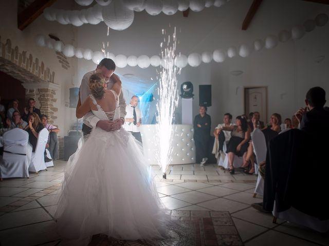 Le mariage de Yohann et Isabelle à Saint-Maximin-la-Sainte-Baume, Var 23