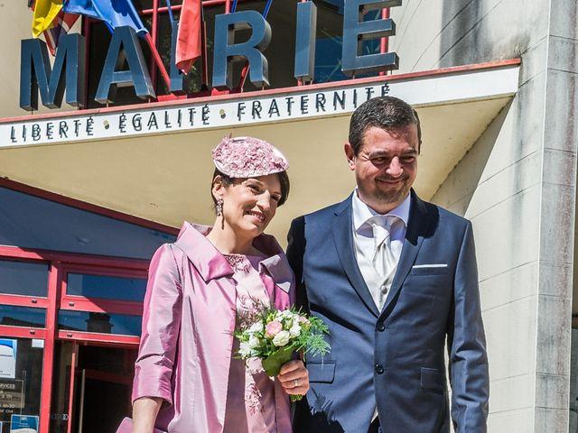 Le mariage de Philippe et Elisabeth à Saint-Benoît, Vienne 4