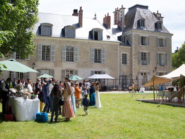 Le mariage de Lorris et Maya à Chevilly, Loiret 10