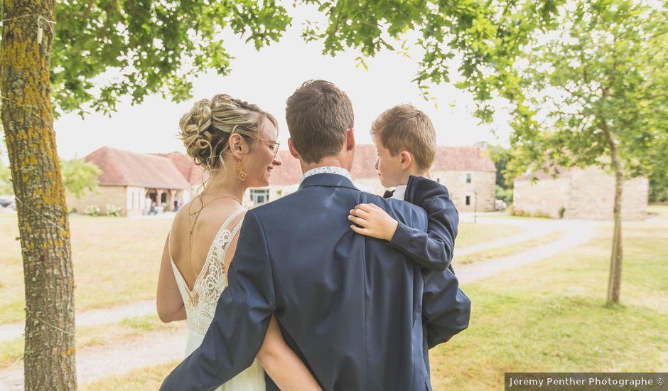 Le mariage de Julien et Anne à La Ferté-Macé, Orne