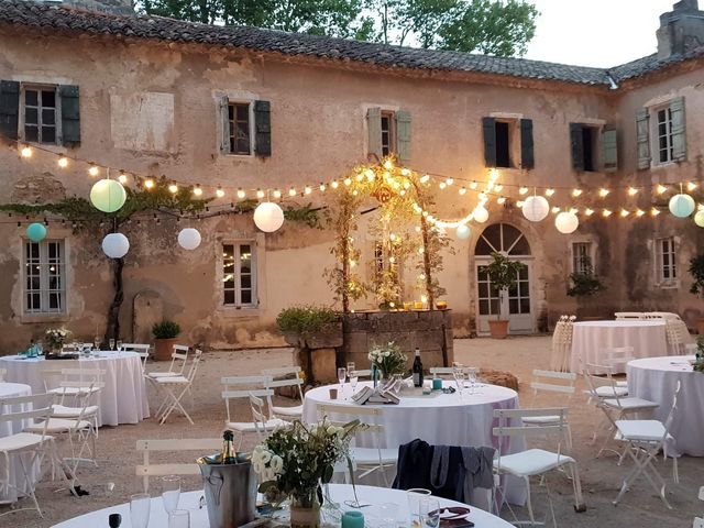 Le mariage de Matthieu et Elodie à Roquemaure, Gard 1
