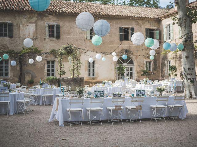 Le mariage de Matthieu et Elodie à Roquemaure, Gard 6
