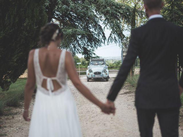 Le mariage de Matthieu et Elodie à Roquemaure, Gard 9