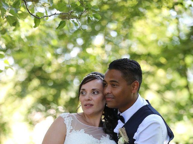 Le mariage de Agy et Vanessa  à Mosnac, Charente 62