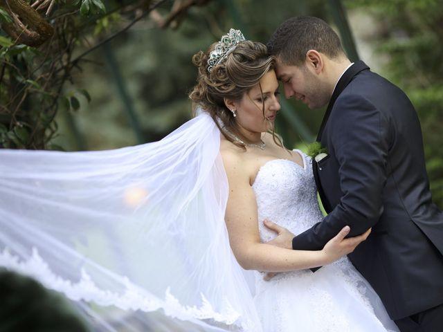 Le mariage de Achraf et Maryline à Souzy-la-Briche, Essonne 35