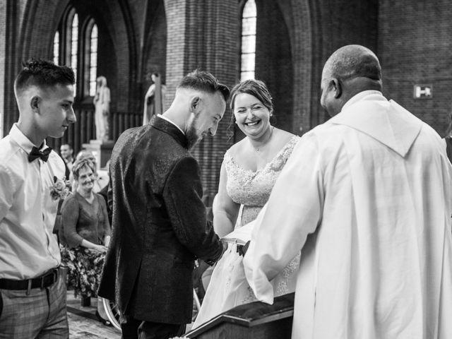 Le mariage de Jordan et Fanny à Neuville-en-Ferrain, Nord 12