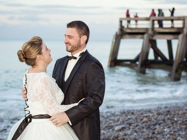 Le mariage de Gil et Laury à Neufchâtel-en-Bray, Seine-Maritime 21