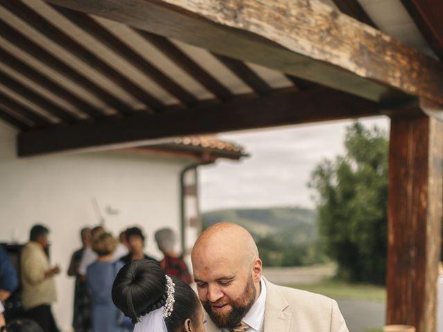 Le mariage de Marc et Sergeline à Saint-Pée-sur-Nivelle, Pyrénées-Atlantiques 40