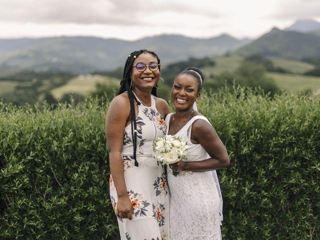 Le mariage de Marc et Sergeline à Saint-Pée-sur-Nivelle, Pyrénées-Atlantiques 44