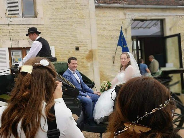 Le mariage de Esaïe et Blandine  à Morteaux-Couliboeuf, Calvados 2
