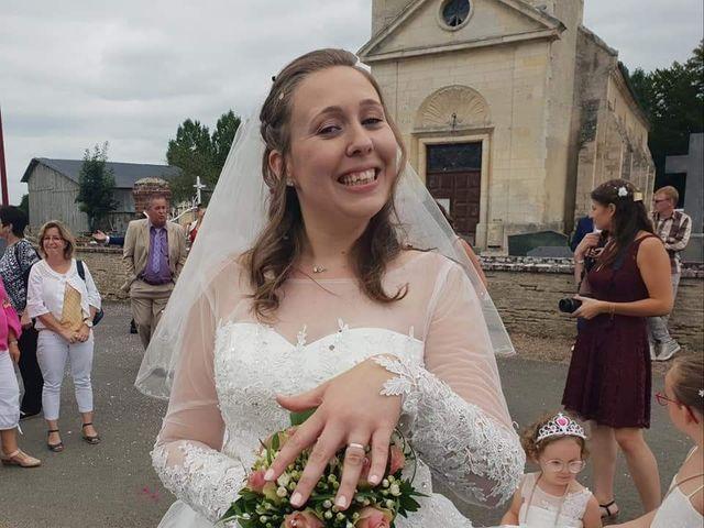 Le mariage de Esaïe et Blandine  à Morteaux-Couliboeuf, Calvados 5