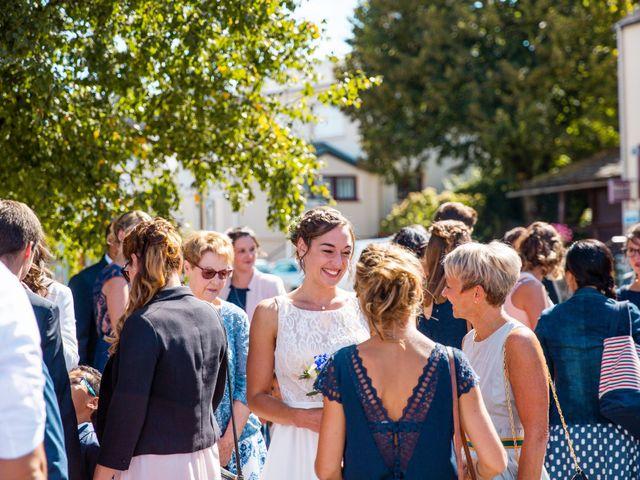 Le mariage de Pauline et Julie à Theix, Morbihan 13