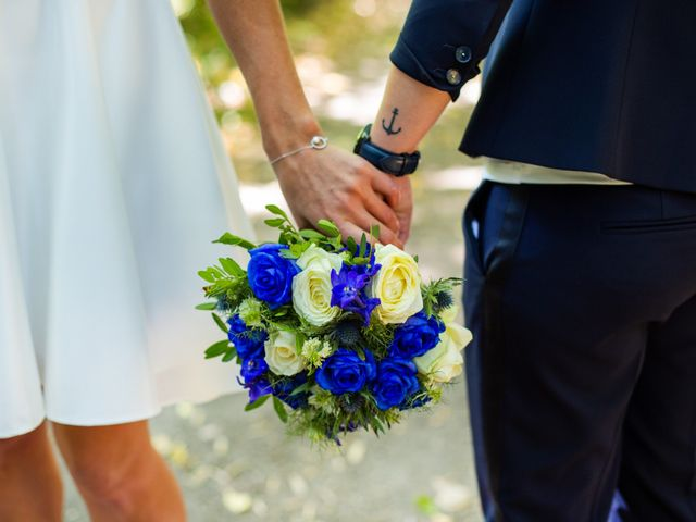 Le mariage de Pauline et Julie à Theix, Morbihan 21
