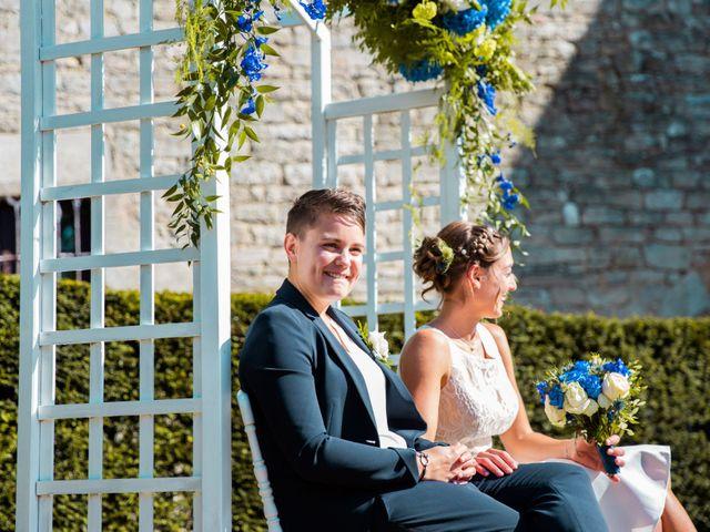 Le mariage de Pauline et Julie à Theix, Morbihan 27