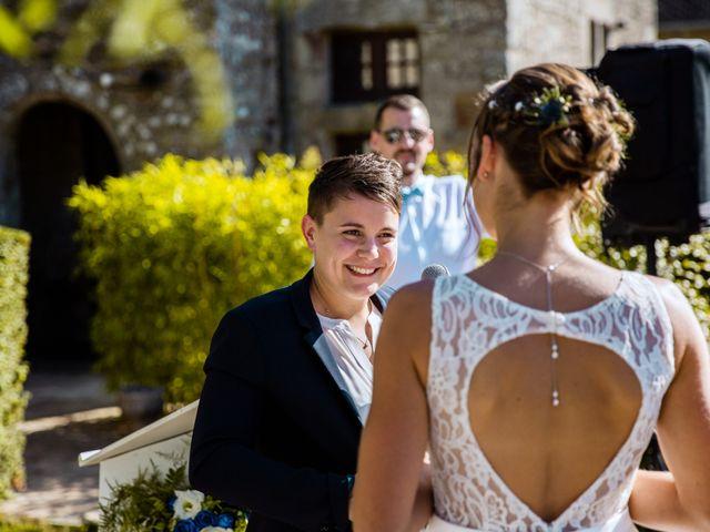 Le mariage de Pauline et Julie à Theix, Morbihan 29