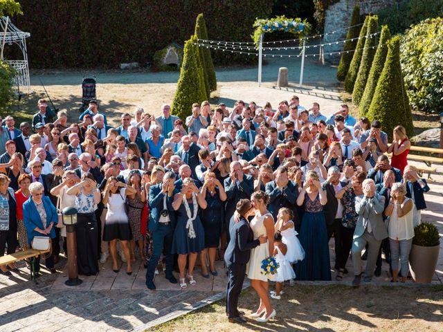 Le mariage de Pauline et Julie à Theix, Morbihan 31