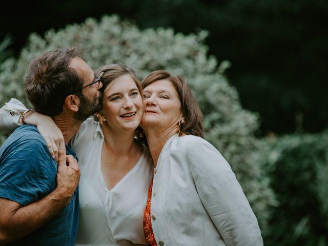Le mariage de Guillaume et Jeanne à Le Bono, Morbihan 28
