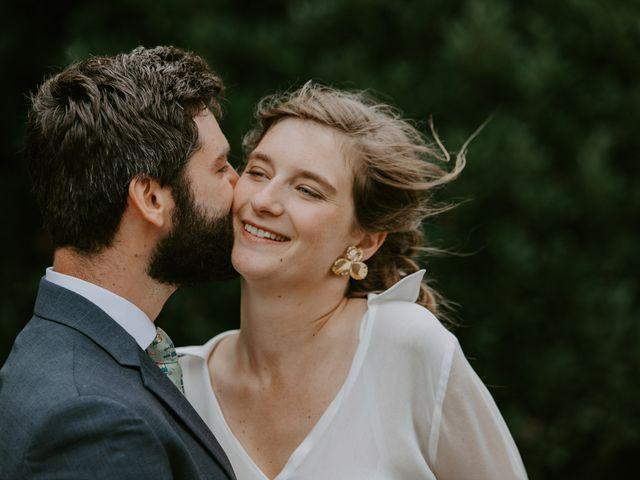 Le mariage de Guillaume et Jeanne à Le Bono, Morbihan 51