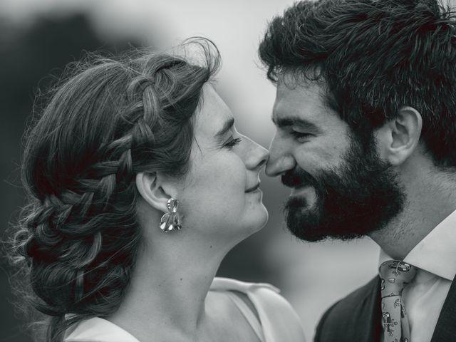 Le mariage de Guillaume et Jeanne à Le Bono, Morbihan 56