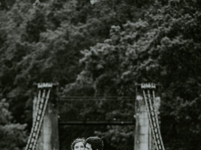 Le mariage de Guillaume et Jeanne à Le Bono, Morbihan 62