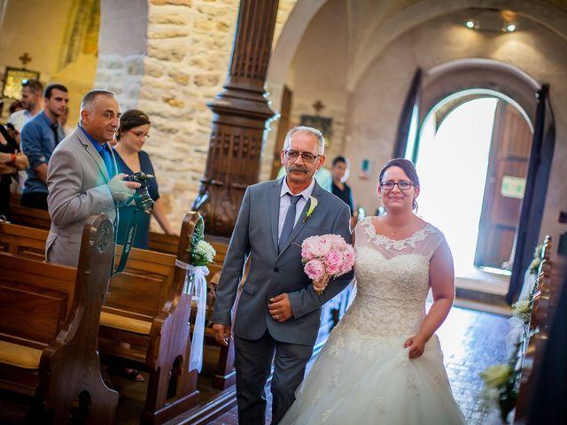 Le mariage de Cédric et Delphine à Ottmarsheim, Haut Rhin 15