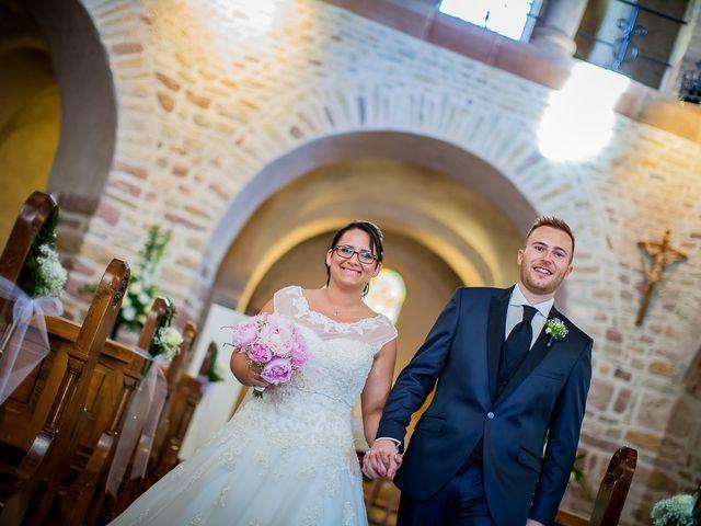 Le mariage de Cédric et Delphine à Ottmarsheim, Haut Rhin 23