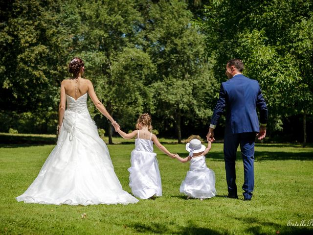 Le mariage de Anthony  et Aline à Le Magny, Indre 4