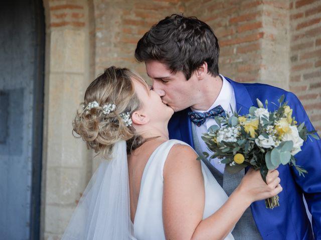 Le mariage de Adrien et Mathilde à Varennes, Haute-Garonne 7
