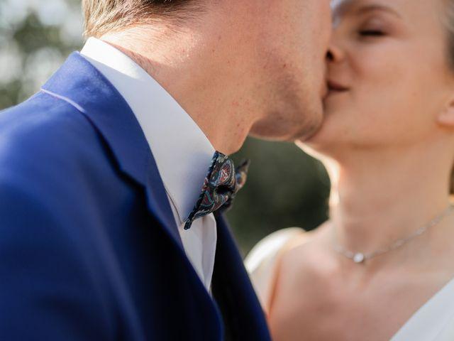 Le mariage de Adrien et Mathilde à Varennes, Haute-Garonne 13