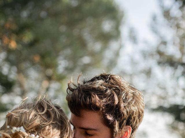 Le mariage de Adrien et Mathilde à Varennes, Haute-Garonne 14