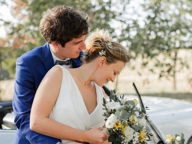 Le mariage de Adrien et Mathilde à Varennes, Haute-Garonne 18