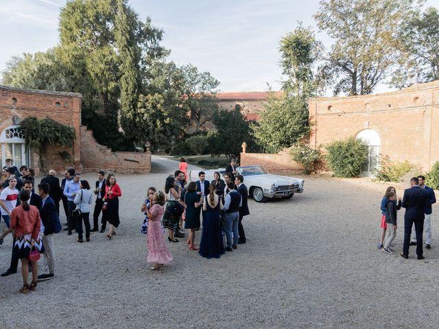 Le mariage de Adrien et Mathilde à Varennes, Haute-Garonne 26