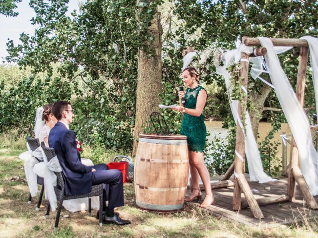 Le mariage de Vincent et Marion à Fleurbaix, Pas-de-Calais 9