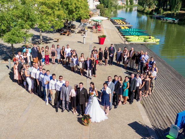 Le mariage de Lucie et Denis à Damvix, Vendée 61