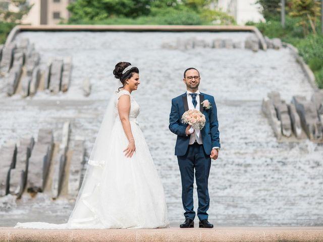 Le mariage de Beshoy et Simona à Paris, Paris 1