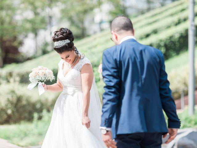 Le mariage de Beshoy et Simona à Paris, Paris 5
