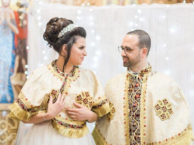 Le mariage de Beshoy et Simona à Paris, Paris 17