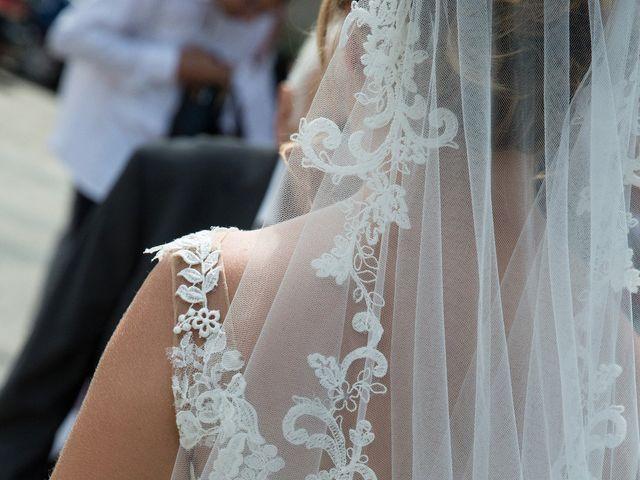 Le mariage de Thimothée et Laure à Eysines, Gironde 3