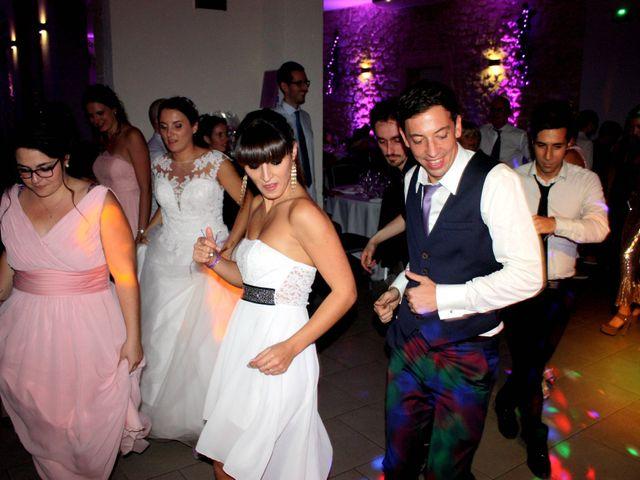 Le mariage de Nicolas et Coralie à Sauveterre, Gard 4