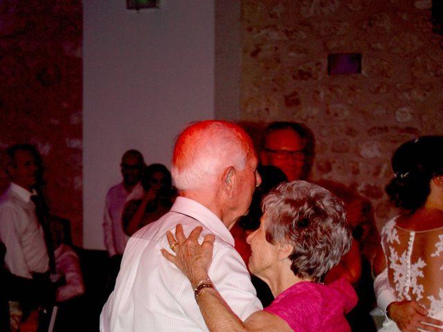 Le mariage de Nicolas et Coralie à Sauveterre, Gard 5