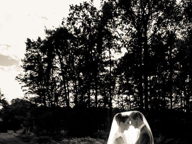 Le mariage de Adrien et Chloé à Hasnon, Nord 28