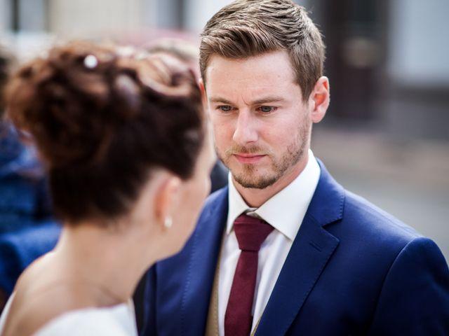 Le mariage de Adrien et Chloé à Hasnon, Nord 30