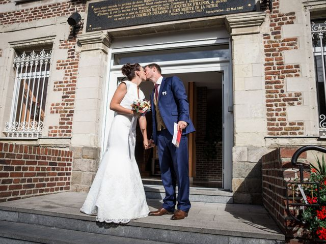 Le mariage de Adrien et Chloé à Hasnon, Nord 32