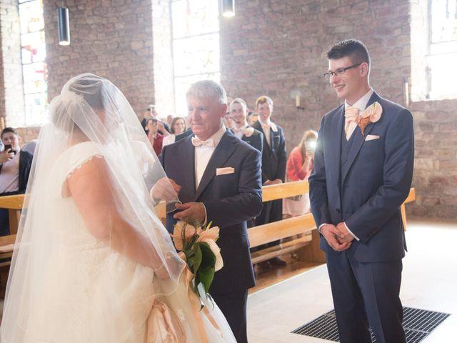 Le mariage de Gael et Delphine à Offendorf, Bas Rhin 37