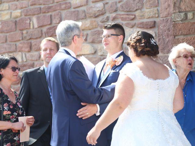 Le mariage de Gael et Delphine à Offendorf, Bas Rhin 42