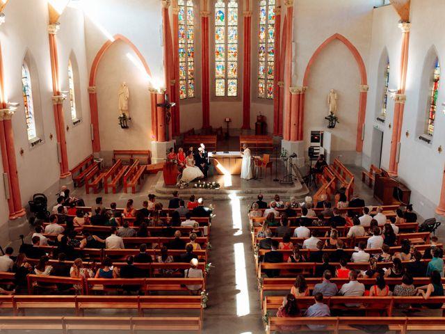 Le mariage de Cédric et Mary à Magneux-Haute-Rive, Loire 24