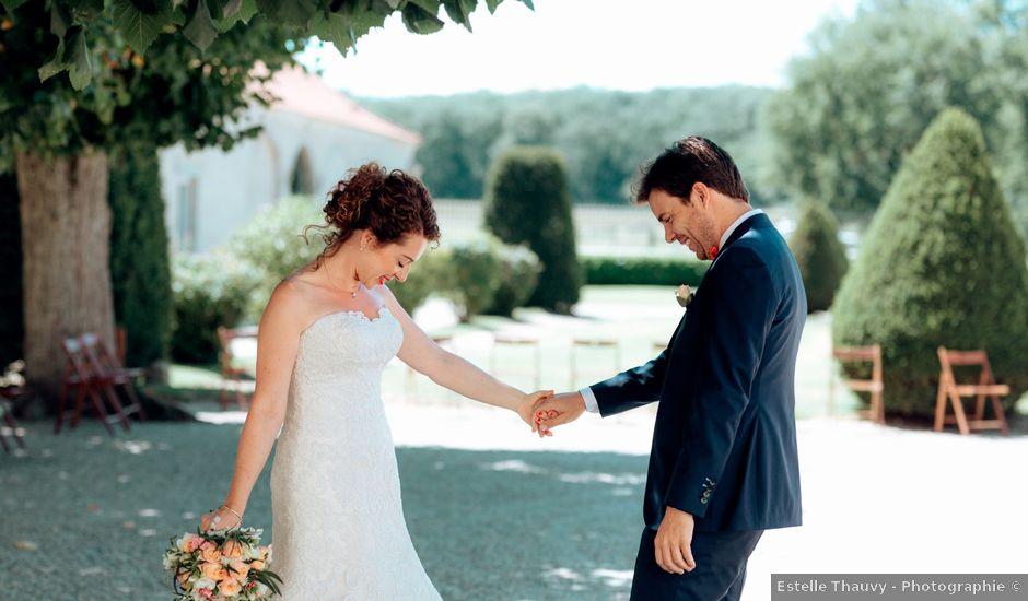 Le mariage de Cédric et Mary à Magneux-Haute-Rive, Loire