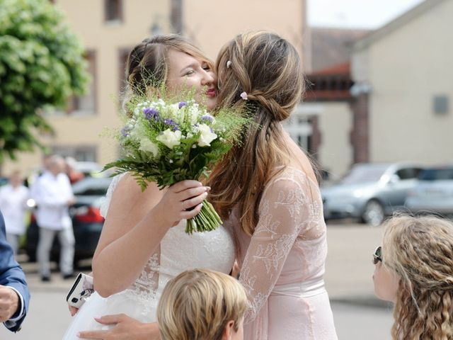 Le mariage de Corentin et Laurine à Bussy-en-Othe, Yonne 8