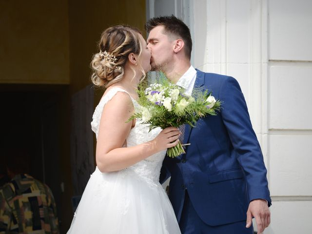 Le mariage de Corentin et Laurine à Bussy-en-Othe, Yonne 26